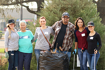 group photo from TCP clean up day